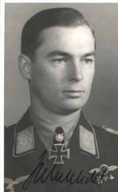 ✠ Hubertus Hitschold (7 July 1912 - 10 March 1966) RK 21.07.1940 Hauptmann Kdr I./Stuka-Geschw 2 31.12.1941 [57. EL] Major Kdr I./Stuka-Geschw 2