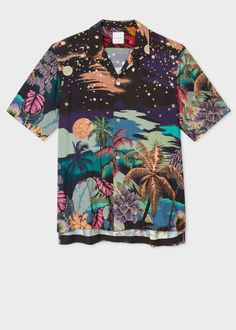 Crafted in Italy from a soft viscose cloth, this short-sleeve shirt features an open-collar style with vibrant 'Midnight' print throughout. Mens Printed Shirts, Printed Shorts, Men's Shirts And Tops, Casual Shirts For Men, Men Shirts, Collar Shirts, Bowling Outfit, Mens Designer Shirts, Look Cool