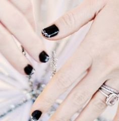 black and diamond mani