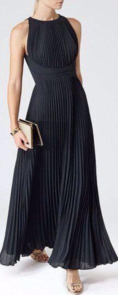 Womens Lux Navy Pleated Maxi Dress - Reiss Winnie ooops got distracted! Dress Skirt, Dress Up, High Neckline Dress, Dress Shoes, Mode Boho, Elegantes Outfit, Pretty Dresses, Dress To Impress, Beautiful Outfits