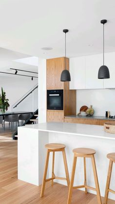 Kitchen Island Size Guidelines, Kitchen Interior, Kitchen Decor, Kitchen Ideas, Rental Kitchen, Family Kitchen, Kitchen Small, Kitchen Islands, Kitchen Pictures