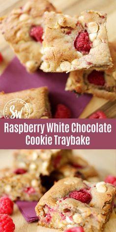 Raspberry White Chocolate Cookies, White Chocolate Desserts, Chocolate Christmas Cookies, Raspberry Cookies, Tray Bake Recipes, Baking Recipes, Baking Ideas, Chocolate Traybake, Tray Bakes