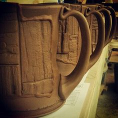 Grafted Coffee Mugs, loving the handles! click now for info. Contemporary Interior Design, Contemporary Ceramics, Pottery Bowls, Ceramic Pottery, Make Your Own Pottery, Pottery Animals, Colored Vases, Pottery Designs, Ceramic Bowls