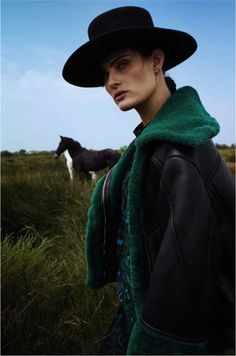 Isabeli Fontana by Cédric Buchet for Elle France August 2015 26 Best Vacation Destinations, Best Vacations, Westerns, Isabeli Fontana, Horse Fashion, Equestrian Fashion, Miles To Go, The Lone Ranger, Fancy Hats