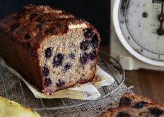 Find the quick and easy recipe for this delicious Healthy Wholemeal Apple And Blueberry Loaf, the perfect nutritious snack. Healthy Mummy Recipes, Healthy Meals For Kids, Healthy Baking, Quick Easy Meals, Almond Recipes, Baking Recipes, Loaf Recipes, Diet Recipes, Nutritious Snacks
