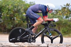 Chris Froome (Great Britain) came in third to make the podium at the Rio Olympics time trial.