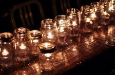 Mason Jar luminaria    Google Image Result for http://blog.usapears.org/wp-content/uploads/2012/08/table-mason-jar-candles.jpg Mason Jar Candle Holders, Mason Jar Candles, Mason Jar Lighting, Mason Jar Lamp, Kilner Jars, Citronella Candles, Candle Lighting, Scented Candles, Floating Candles