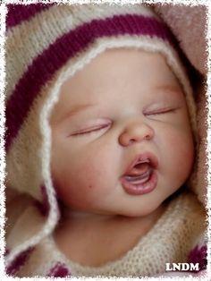 Cristina Reborn Vinyl Doll Kit by Sheila Michael Bb Reborn, Reborn Baby Boy, Reborn Toddler Dolls, Newborn Baby Dolls, Reborn Dolls, Reborn Babies, Bebe Real, Silikon Baby, Baby Doll Nursery
