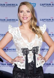 Scarlett Johansson Wins Defamation Lawsuit Against French Author