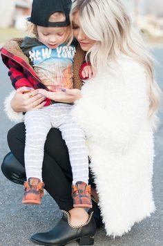 Hanes' outfit: Top - H&M   Leggings - Little Hip Squeaks   Jacket - Children's Place   Shoes - TOMS