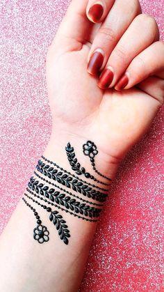 Henna Designs For Kids, Cute Henna Designs, Henna Tattoo Designs, Mehandi Designs, Simple Designs, Henna Finger Tattoo, Finger Tattoos, Easy Henna, Simple Henna