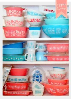 Vintage pyrex.  Love these colors together!