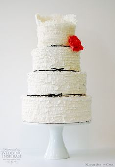 Love the #ruffles on this #cake