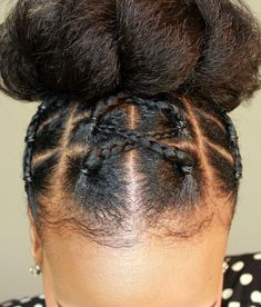 Easy and stylish braiding natural hair updo using elastic bands and jumbo hair. This style can be used as a protective style on any hair type. Rubber Band Hairstyles, Type 4c Hairstyles, Braided Hairstyles, Black Hairstyles, Hairstyles For Girls Easy, Short Relaxed Hairstyles, Hairstyles Videos, Girl Hairstyles, Natural Hair Updo