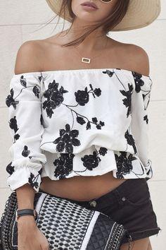 Slash Neck Black Floral Print Crop Top: Tees | ZAFUL