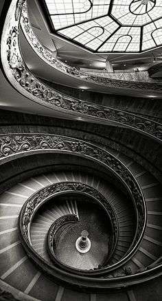 Twisted by Carlos Gotay Martínez. A view of the Vatican Museum stairs. Dark Staircase, Staircase Design, Spiral Staircases, Amazing Architecture, Architecture Details, Black And White Aesthetic, Stairway To Heaven, Dark Photography, Architectural Elements