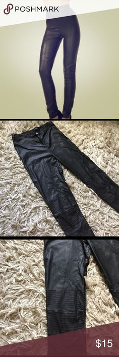 "[mink pink] moto pants//. purchased from karma loop and these badd boys are still in style! Selling low from the imperfection shown in the last photo. Can't see it when wearing, but as a seller I always note imperfections. Inseam 30.5"" for the perfect ankle length and super stretchy. MINKPINK Pants Skinny"