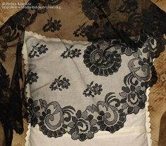 Crochet Decoration, Macrame Earrings, Antique Lace, Alexander Mcqueen Scarf, Embroidery, Clothes, Google, Women, Relleno