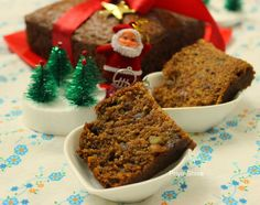 Eggless Whole Wheat Dates Walnut Cake :http://priyakitchenette.com/2014/12/eggless-whole-wheat-dates-walnut-cake/
