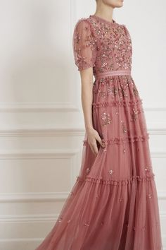 Clothes: Needle & Thread Carnation Sequin Gown in Rouge from the Needle & Thread Collection you can find similar pins below. We have brought the . Pretty Outfits, Pretty Dresses, Beautiful Outfits, Sequin Gown, Embellished Dress, Bridesmaid Dresses, Prom Dresses, Formal Dresses, Bridesmaids