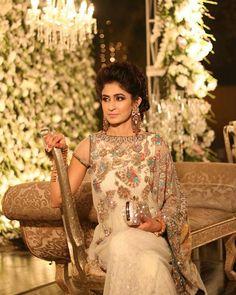 Elegant and Regal. Zara Iftikhar in one of our classic offwhite kaftan. #regal #weddings #classics #elegant