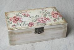 36 Ideas shabby chic crafts box wooden jewelry for 2019 Decoupage Vintage, Decoupage Box, Handmade Home, Manualidades Shabby Chic, Box Roses, Shabby Chic Crafts, Pretty Box, Wooden Jewelry Boxes, Painted Boxes