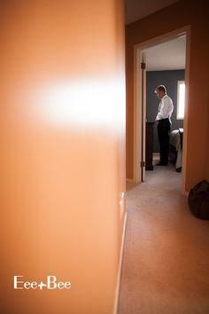 Groom getting ready photos www.blog.eeeandbee.com