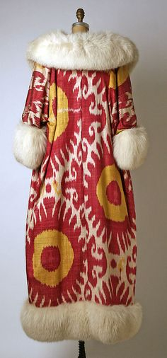 Evening coat (back view) Maximilian Date: 1966 Culture: American Medium: silk, fur Accession Number: 1985.296.4