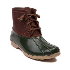 Shop for Womens Sperry Topsider Saltwater Boot in Green at Journeys Shoes. Splash into style with the new Saltwater Duck Boot from Sperry Top-Sider! Youll be hoping for cool rainy days when youre rocking the Saltwater Boot that is completely waterproof featuring a quilted nylon upper with durable rubber sole, leather lacing with rustproof eyelets, and a warm fleece lining.