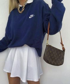 Indie Outfits, Teen Fashion Outfits, Retro Outfits, Look Fashion, Fall Outfits, 90s Fashion, Spring Fashion, Muslim Fashion, Retro Style Fashion