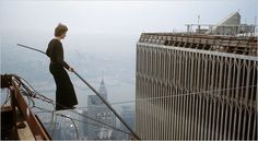 """Philippe Petit crossing between the Twin Towers, New York, 1974 . """"Man on Wire"""" 2008, great film"""