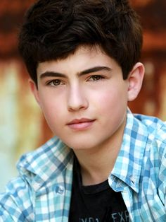 Ian Nelson (District 3's male tribute)  The boy tribute from District 3 manages to align himself with the Careers, who exploit his skills in technology and electronics.