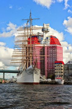 The ship 'Göteborg', in Gothenburg, Sweden Sweden Stockholm, Gothenburg Sweden, Cool Places To Visit, Places To Go, Kingdom Of Sweden, Places Around The World, Around The Worlds, Visit Sweden, Scandinavian Countries