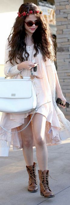 Who made  Selena Gomez's white handbag, brown boots, pink floral headband, jewelry, and cardigan sweater that she wore in Tarzana on June 14, 2013?