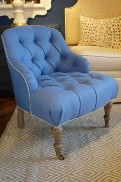 The oomph tini tufted - an oomph best seller.
