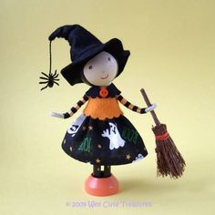 Idea for a Halloween Witch with Broomstick clothes peg doll :-)