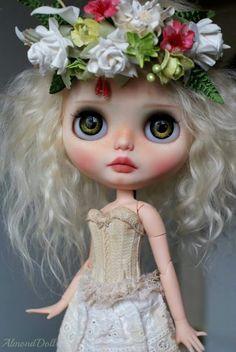 Almond doll new ooak blythe doll march 2015