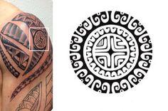 Marquesas Kreuz Symbol im Maori Tattoo Design eingebettet
