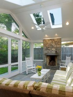 Wonderful Screened In Porch And Deck Idea 111