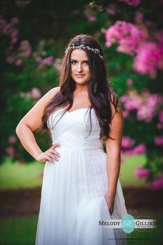 Megan's bridal portraits at Lenora's Legacy Estate. Photo credit: Melody Gillikin Photography http://www.melodygillikinphotography.com/
