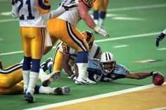 "Titans final play of Super Bowl XXXIV, Rams ""win"" by a YARD, one of the most dramatic finishes in Super Bowl history beating Tennessee Titans 23-16 in Super Bowl XXXIV, January 30, 2000."