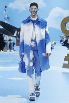 Watch the Louis Vuitton Men's Fall-Winter 2020 show live Crazy Bird, Mens Fall, Celebrity Houses, Men Looks, Style Me, Fall Winter, Menswear, Stylists, Louis Vuitton