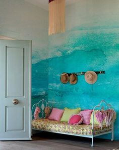 Take a look at PIXERS' design ideas - Ombre interior design inspirations. Our projects created to inspire you! Deco Turquoise, Turquoise Walls, Bedroom Turquoise, Interior And Exterior, Interior Design, Interior Paint, Interior Ideas, Deco Boheme, Hand Painted Walls