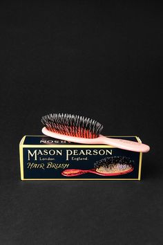 Mason Pearson Popular Brush - supposedly the best Big Love, First Love, Mason Pearson Brush, Hair Romance, Taylor Swift Style, Brand Me, Hair Brush, My Beauty, Lust