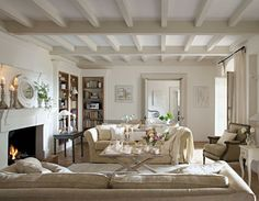 Poutres taupe and plafond au couleur on pinterest - Plafond couleur taupe ...