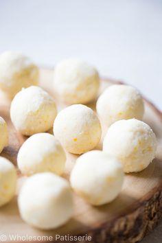 No-Bake Vegan Gluten Free Coconut Lemon Bliss Balls Lemon Recipes, Raw Food Recipes, Cooking Recipes, Coconut Recipes Vegan, Healthy Sweet Treats, Healthy Snacks, Protein Snacks, Vegan Snacks, Vegan Meals