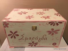 www.artimiva.gr Wooden Toy Boxes, Wooden Toys, Different Shapes, Special Events, Decorative Boxes, Hand Painted, Wooden Toy Plans, Wood Toys, Woodworking Toys
