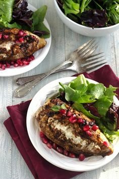 Goat Cheese Stuffed Pomegranate Chicken with Balsamic Reduction {High Protein + GF} - Food Faith Fitness Best Healthy Diet, Healthy Diet Recipes, Whole Food Recipes, Clean Recipes, Goat Cheese Recipes, Low Carb Chicken Recipes, Healthy Eating Games, Healthy Breakfast Menu, Diet Food List