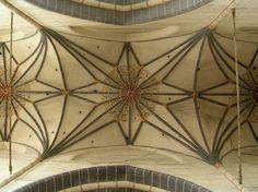 Kościół śś. Jakuba St. i Mikołaja (pofranciszkański) w Chełmnie - sklepienie gwiaździste