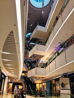 Mall Flooring and Ceiling Design  SM Aura, Bonifacio Global City October 8, 2013